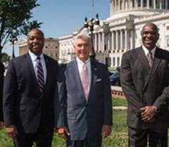 Sen. Scott joins Baseball Hall of Famer to commemorate integration of baseball